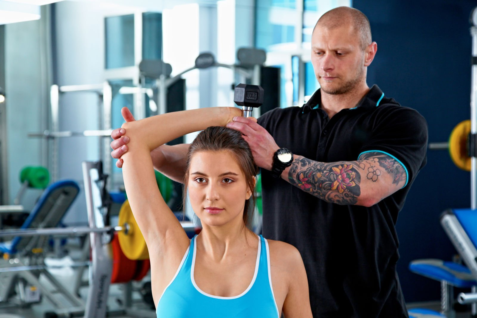 Learn How to Shed Weight Using a Personal Trainer at the Fitness Center